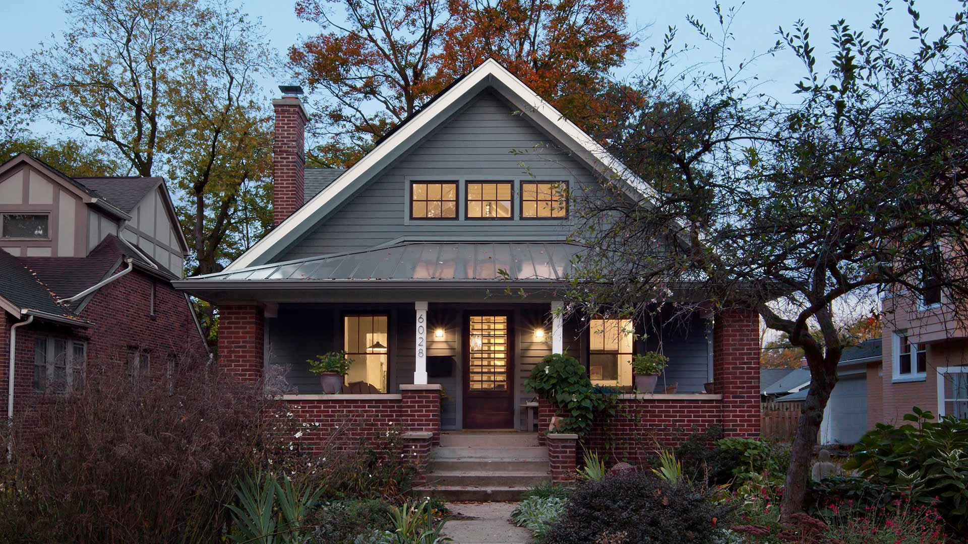 This newly reconstructed Modern Craftsman-style home maintains the scale and character of the streetscape while taking its design + detail game up a notch in this newly reconstructed Broad Ripple Modern Craftsman Dwelling on Carrollton Avenue - Indianapolis, Indiana