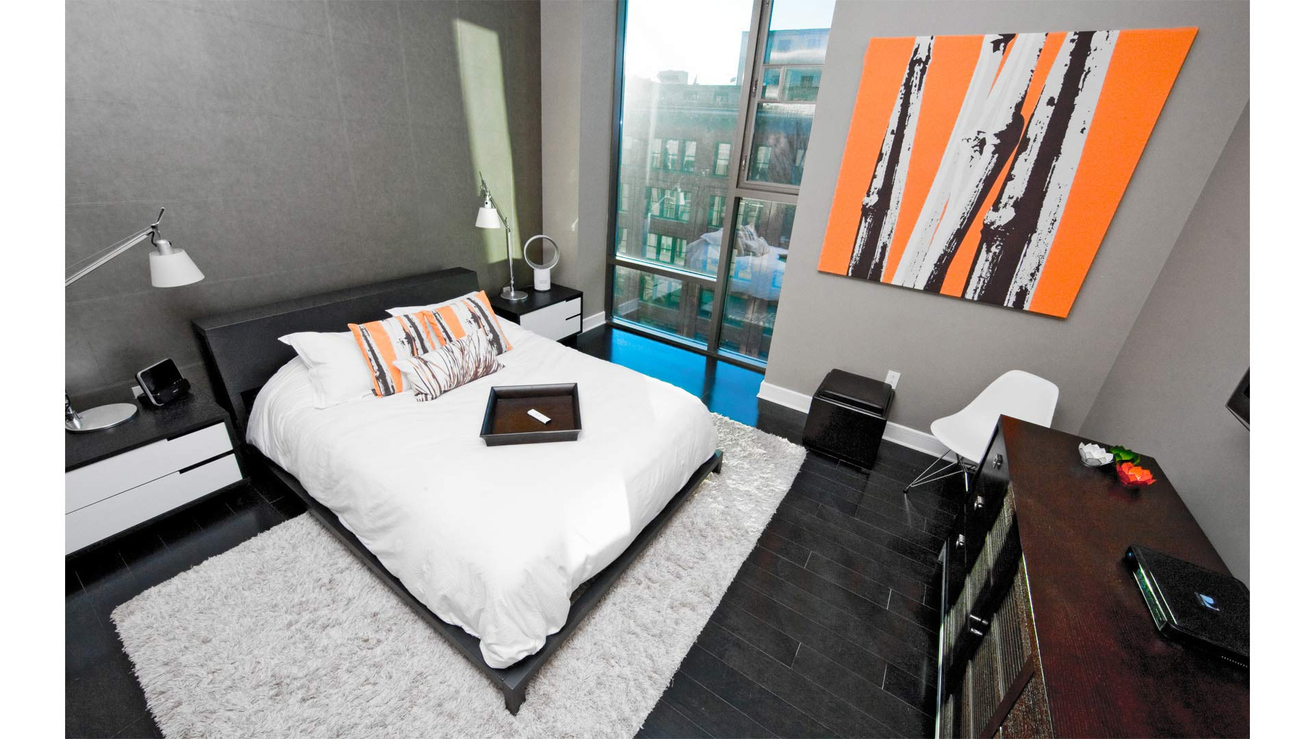 Master Suite include new steel bec and other furnishings, including new roller blinds - Industrial Modern Interior (Allen Plaza) - Downtown Indianapolis
